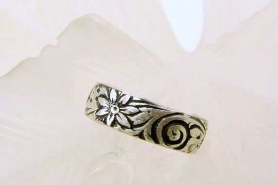 Sterling Silver Pattern Toe Ring or Band Ring (Oxidized) - Any Size