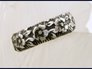 Flower Pattern Sterling Silver Toe Ring or Band Ring